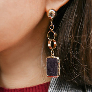 Dabagirl Square Metal Earrings